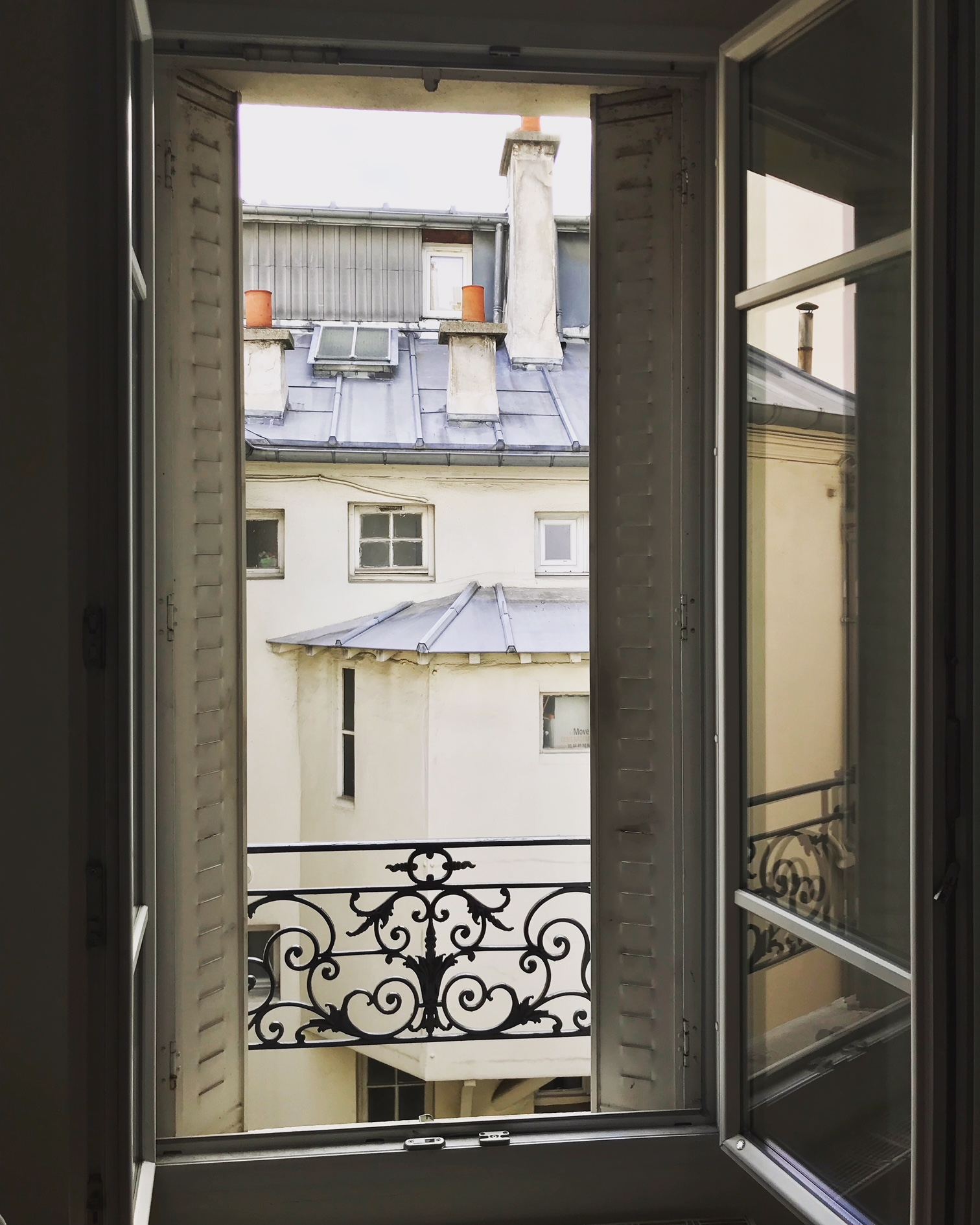 Parisian window