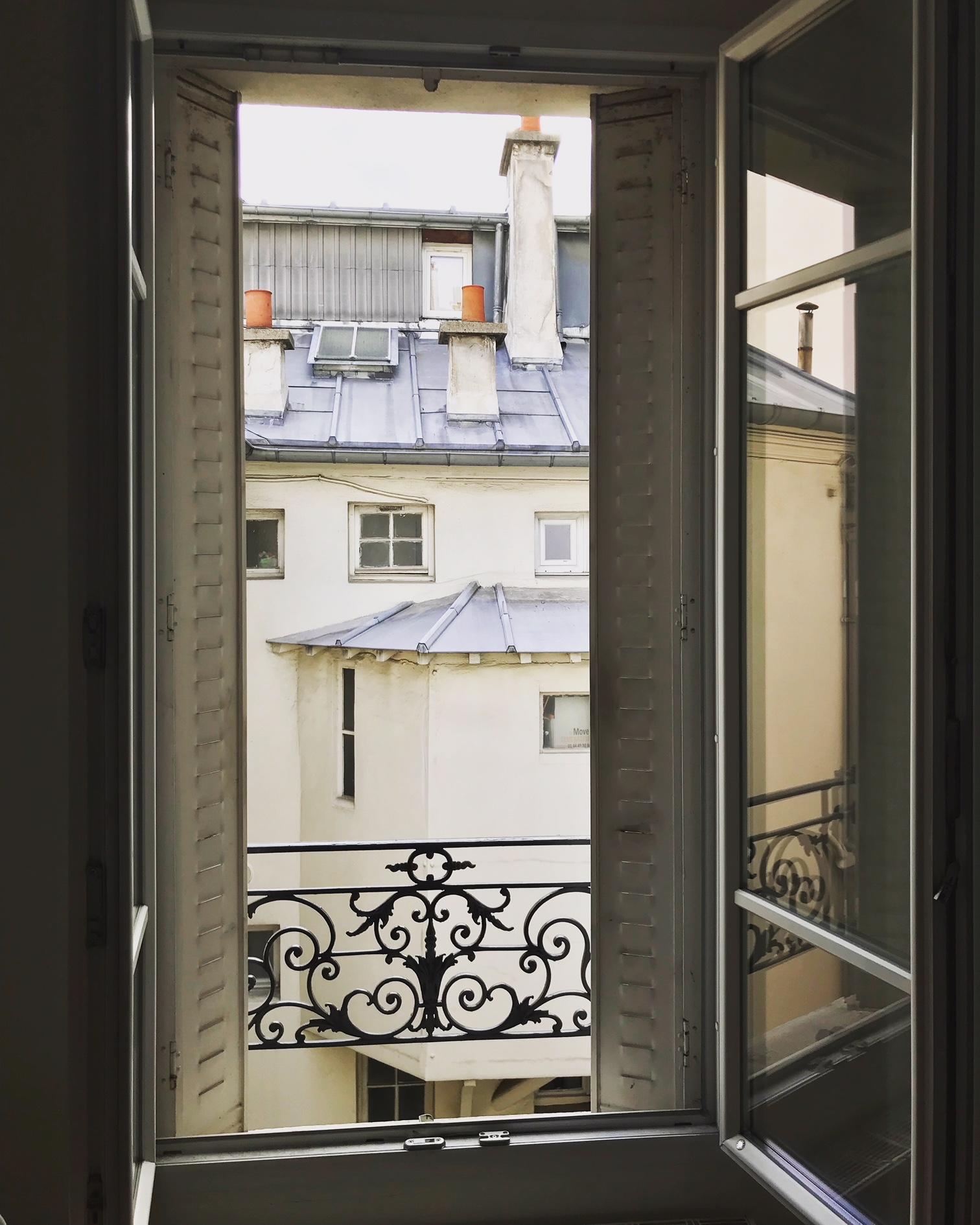 Parisian window